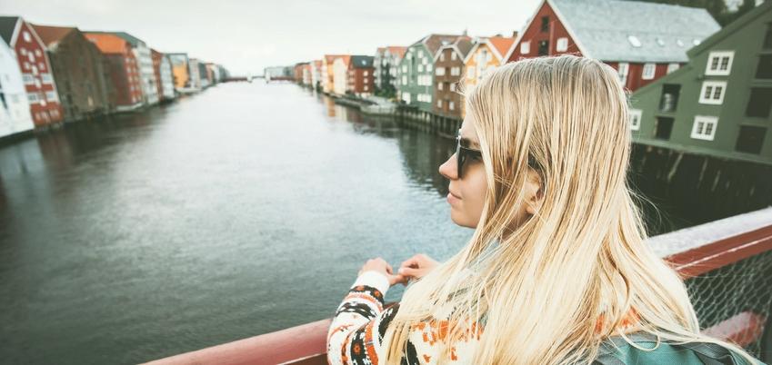 Ob dänische Dörfern oder lettische Landschaften - mit den nordischen Auslandsstipendien kannst Du alles kostenlos erleben