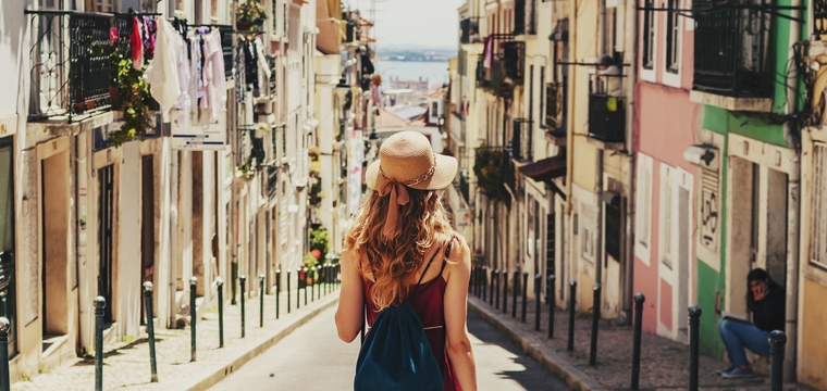 Mit Auslandsstipendien kannst Du Städte erkunden, Sprachen lernen & zur Landeskunde forschen