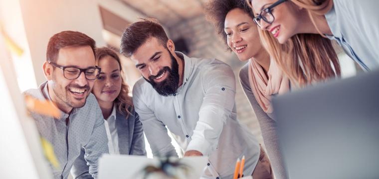 Fernstudium Marketing: Anbieter, Inhalte und Karrierechancen