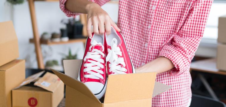 Schuhe verkaufen: Wie Du mit alten Tretern richtig Kohle machst