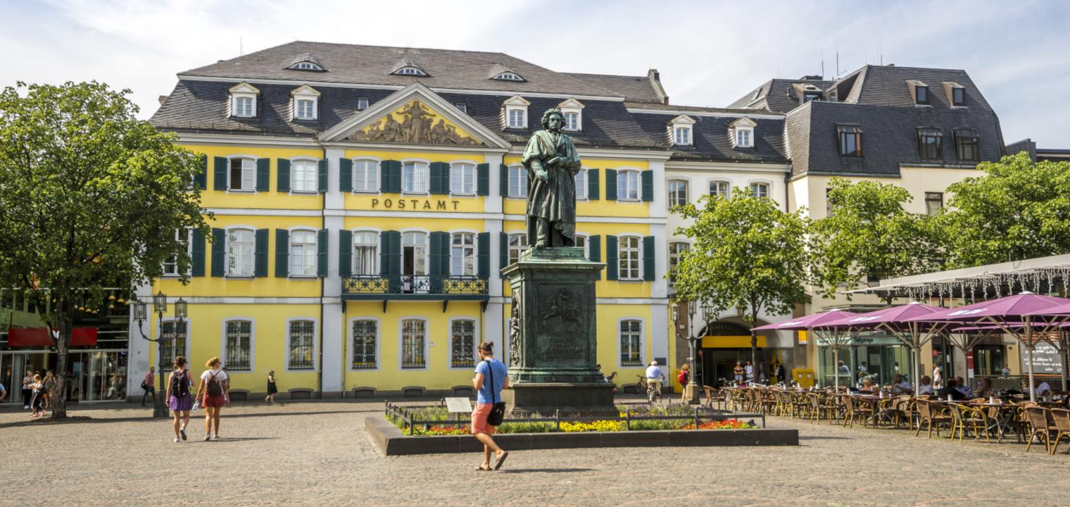 Bonn, Beethoven Denkmal Münsterplatz
