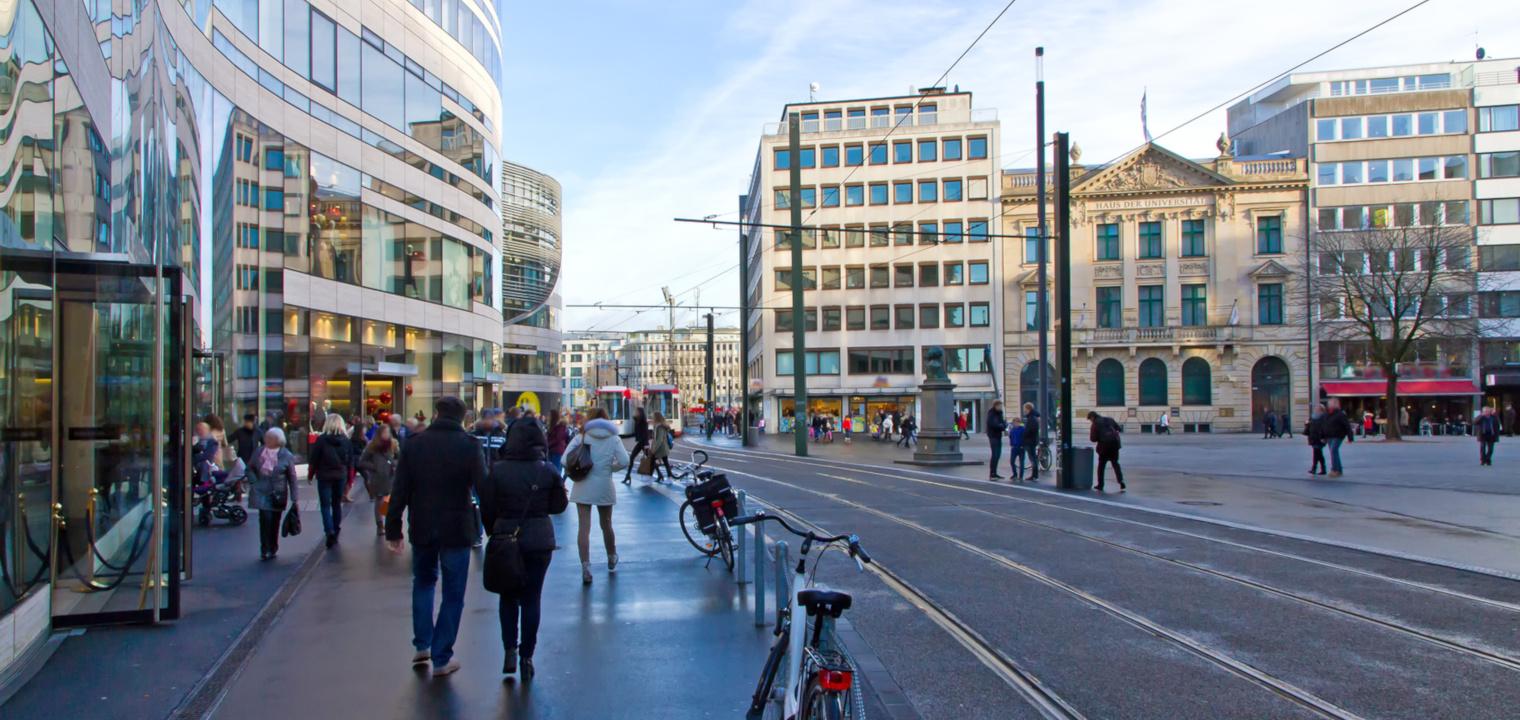 Modernes Düsseldorf - Kö-Bogen