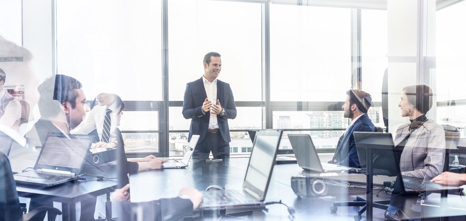 Wirtschaftsinformatiker: Ausbildung & Beruf