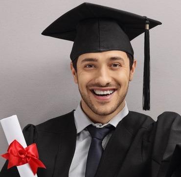 Kern einer Promotion ist die Dissertation sowie eine mündliche Abschlussprüfung