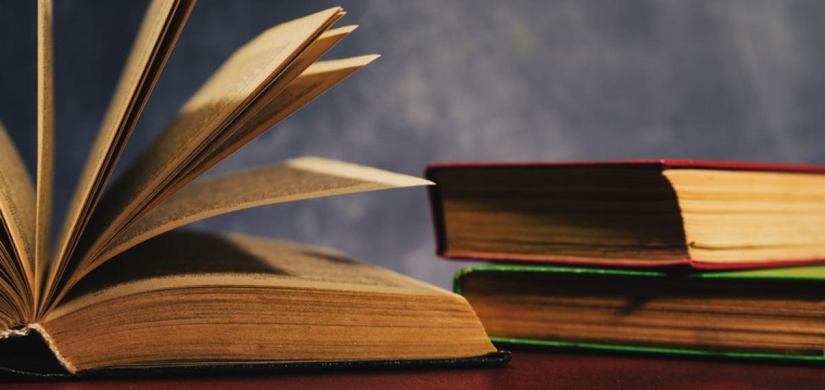 Buchwissenschaft-Studium: Inhalte, Studiengänge, Berufe