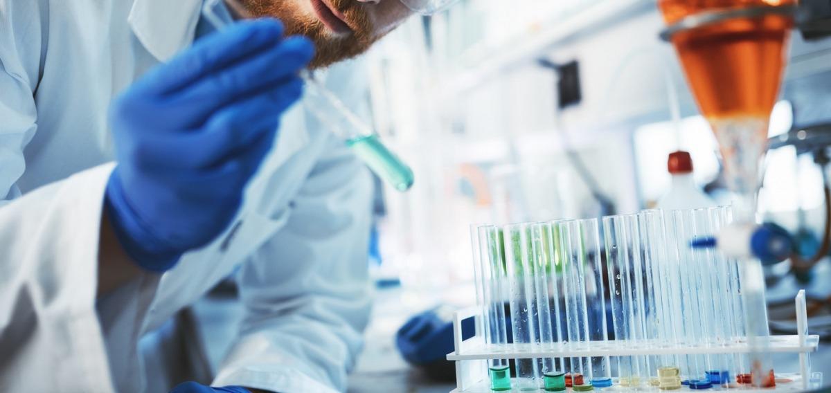 Chemiker: Ausbildung & Beruf