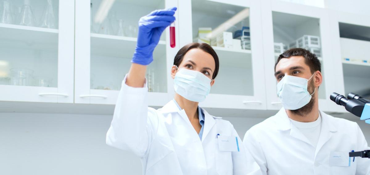 Pharmazeutisch-technische Assistentin (PTA)
