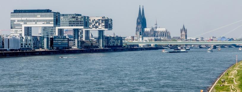 praxisHochschule Köln