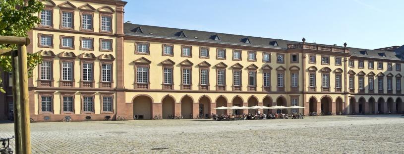 Gebäude Uni Mannheim